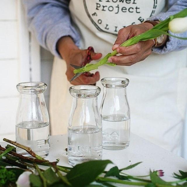 cách để hoa nở lâu tàn